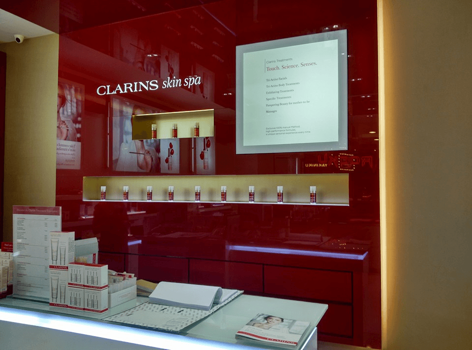 Clarins skin spa mid valley hq beauty centre in mid for Clarins salon
