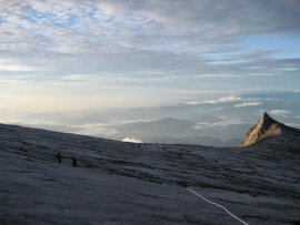 Dare to Climb Mt Kinabalu picture